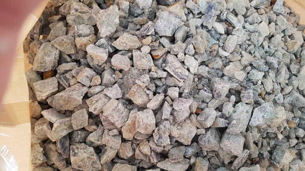 khoáng sản huỳnh thạch